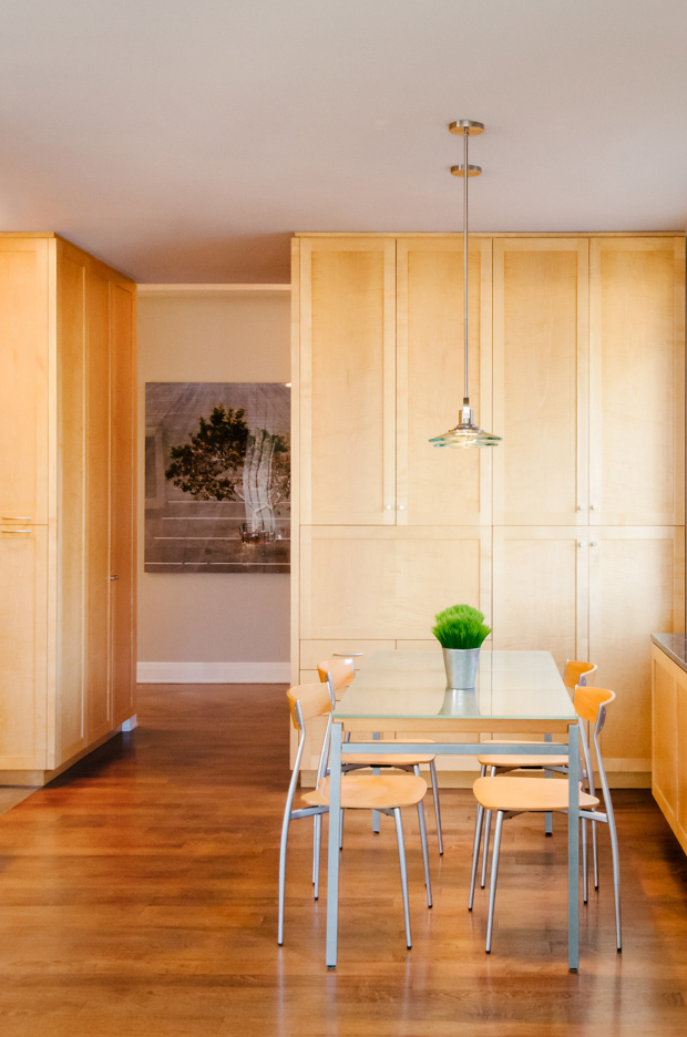 light wood dining room in manhattan apartment - architectural photography nyc