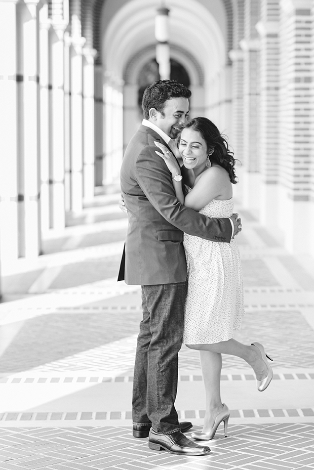 Rice University Couple's Photographer